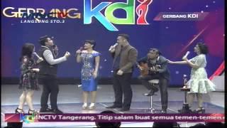 """Mumu ( Mukhlis ) Feat Julia Perez """" Piano """"  Gerbang KDI 2015 (12/4)"""