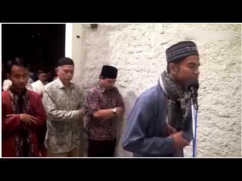 MASYA ALLAOH...!!! Merdunya Bacaan Imam Muda Asal Aceh ini saat menjadi Imam Sholat Tarowih