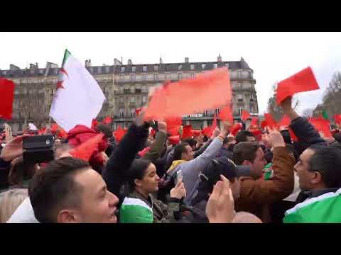 Manifestation d'Algériens à Paris contre le 5 e mandat de Bouteflika