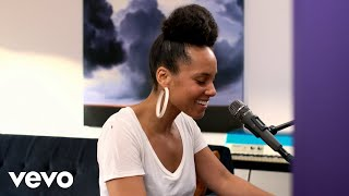 Alicia Keys - Underdog (Acoustic)