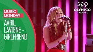 Avril Lavigne - Girlfriend @Vancouver 2010 | Olympics Closing Ceremony | Music Monday
