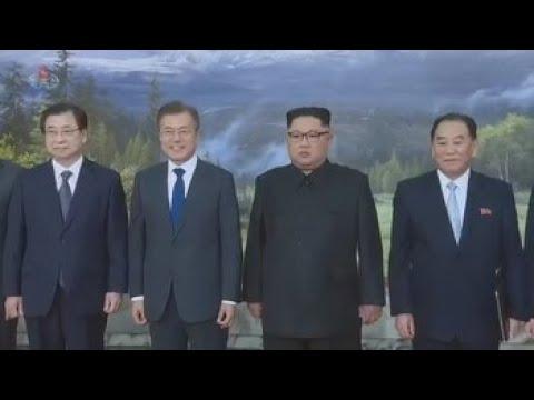 Pyongyang y Washington buscan cerrar una cumbre a la que podría acudir Moon