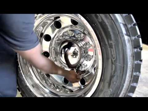 American Force Wheels, Installation Video Black Ford f350 with Classic 22 5  and adapters