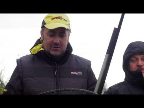 Comprare il cercatore di profondità sonico per pescare in B. a buon mercato a da mani