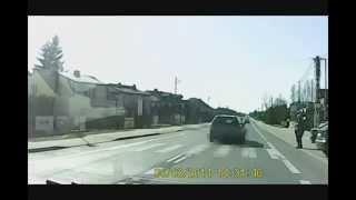 preview picture of video 'Cwaniactwo na przejściu dla pieszych (ZORRO POLSKICH DRÓG).'