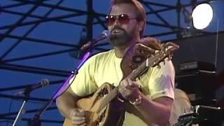 Glen Campbell - Rhinestone Cowboy and Galveston (Live at Farm Aid 1985)