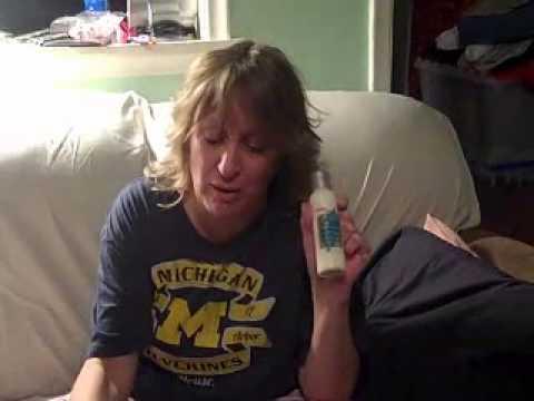 Infermiera di dermatite di atopic