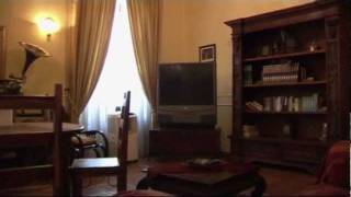 preview picture of video 'Rome Apartment San Giovanni in Laterano #137 - Roman Reference listing 137'