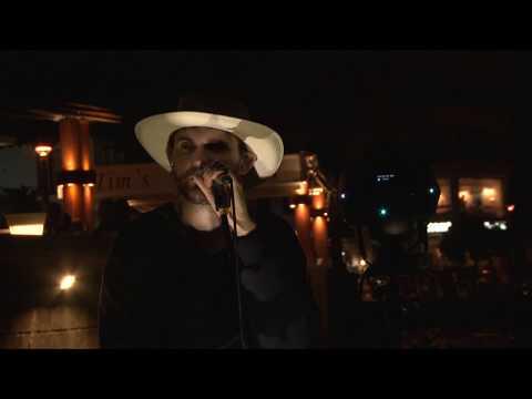 Noize MC - Все как у людей (первое исполнение на публике)