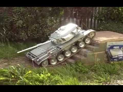 Incredibly Detailed Tiny RC Tank Even Sounds Like The Real Thing