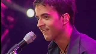 """Luis fonsi en concierto-""""se supone"""""""
