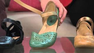 Earth Leather Sandals W/ Adjustable Straps Belltower With Jane Treacy