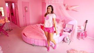 Barbies Pink Room Tour! | Cloe Feldman
