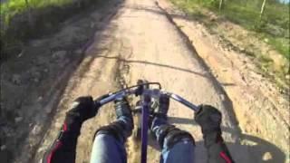 preview picture of video 'Drift Trike Pará de Minas - Estrada de terra da Serra do Torre em Pará de Minas - MG'