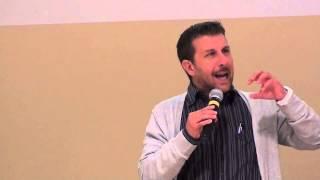 Marco De Caris, Comportamenti problema, 2