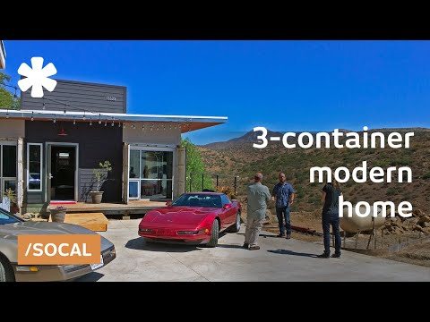 Location on a budget: a container home over a San Diego hill