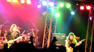 STRYPER - Calling on you (on stage at Kohima)