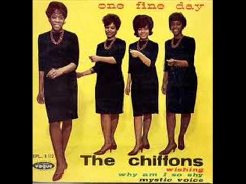 The Chiffons - One fine day ( 1963 )