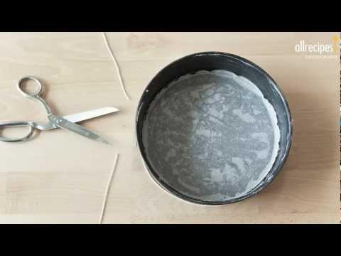 Anleitung: Kuchenform mit Backpapier auslegen -- Allrecipes Deutschland