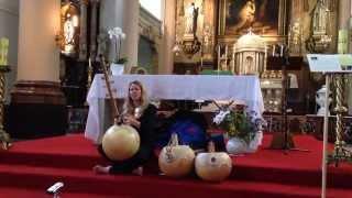 Geluksconcert Intuïtieve zang & N'goni door Dymphi Peeters – fragment 2/2