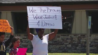 Andrew Brown's family views body cam footage of his shooting