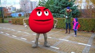Видео для детей Фиксики увеличивают героев, Аня заметила Нолика (6 серия на канале KidsFM)