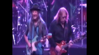 "Doobie Brothers ""Don't Start Me Talkin'"" @ WarrenHaynesXmasJam 2015"