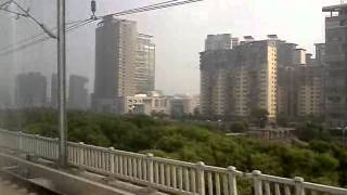 preview picture of video 'High Speed Train Approaching Kunshannan(昆山南 Kunshan-South) Station'