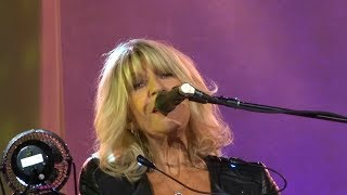 Christine McVie and Lindsey Buckingham - Hold Me - Vina Robles Amphitheatre - 10-15-17