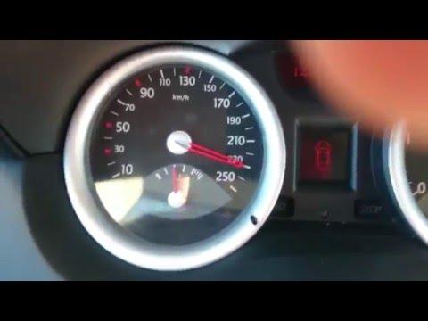 Der Aufwand des Benzins des Motors adr