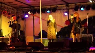 preview picture of video 'Holki ♥ Vzpomínky Zůstanou ♪♫♪♪ Uherský Brod 12.12.2012 ~ Živě ~ HD'
