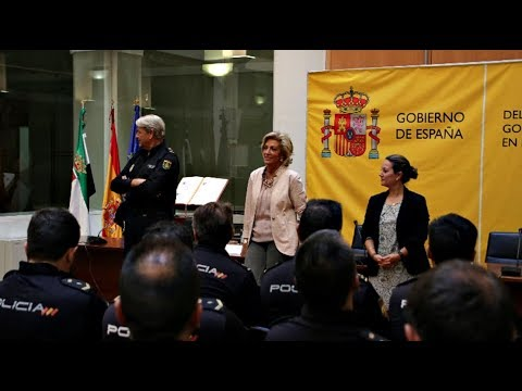 CRISTINA HERRERA RECIBE A LOS POLICÍAS EXTREMEÑOS QUE INTERVINIERON EN CATALUÑA
