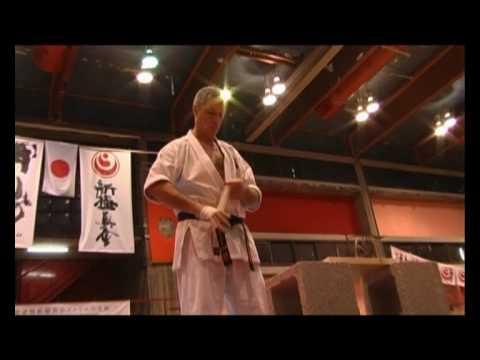 Показательное выступление Израильской организации каратэ Шинкиокушинкай 2009