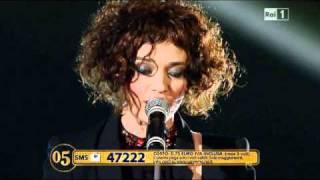 Luca Madonia Carmen Consoli Franco Battiato - L'alieno - Sanremo 2011