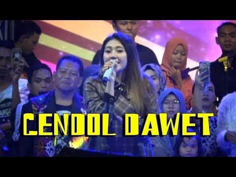 ", title : 'Via Vallen - Pamer Bojo ""CENDOL DAWET"" LIVE Balai Kota Tegal 30 April 2019'"