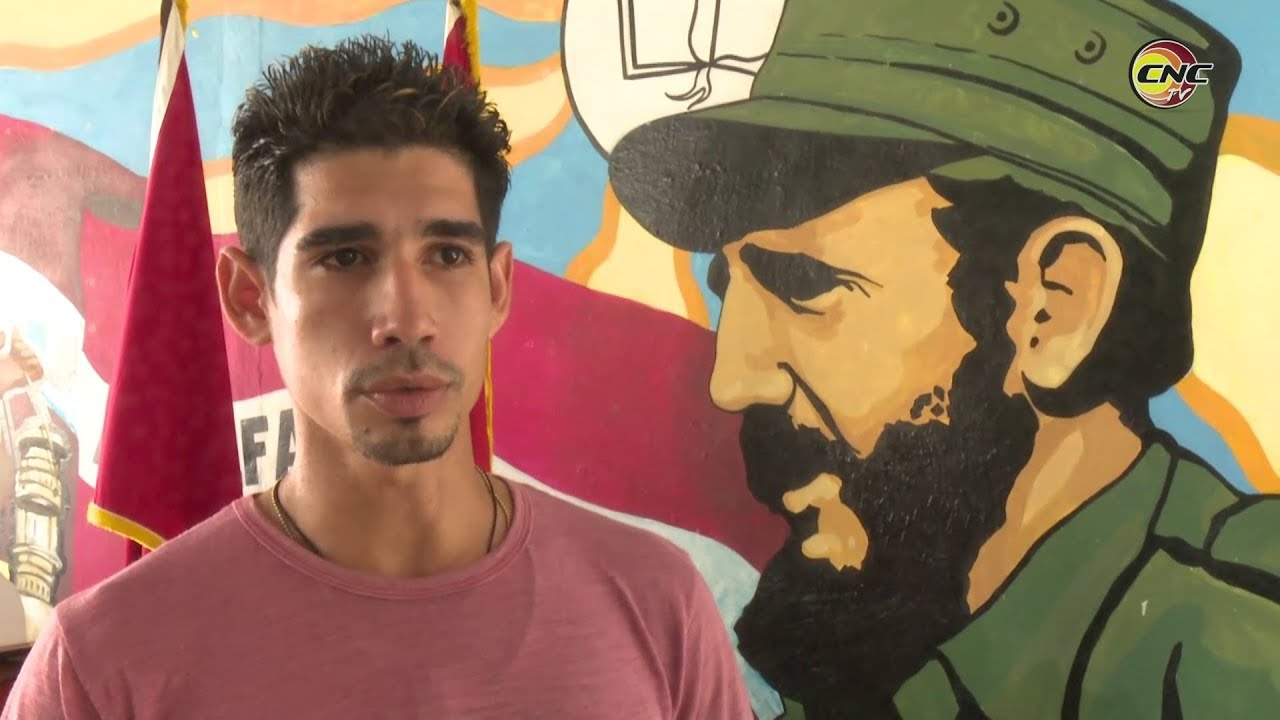 Leonardo Fonseca joven que desde la pedagogía construye el futuro de la nación