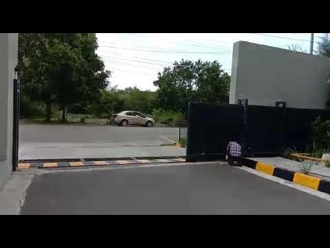 Faac Automatic Garage Gate
