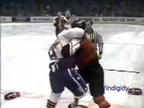 Bob Rouse vs. Jay Wells