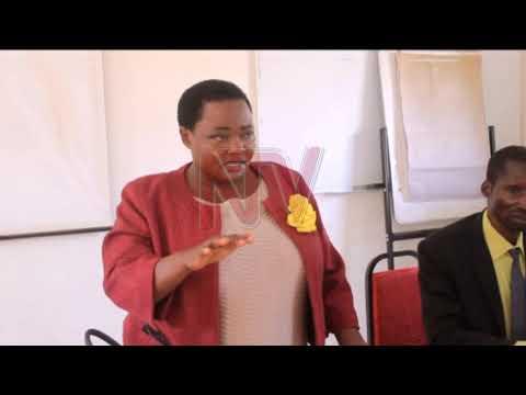 Embeera y'abasawo: Minisita Nabbanja agamba bakuzimbibwa amayumba
