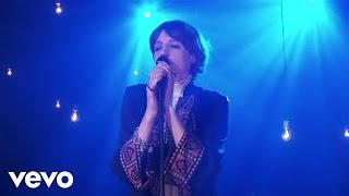Florence + The Machine - Never Let Me Go (AOL Sessions) - Video Youtube