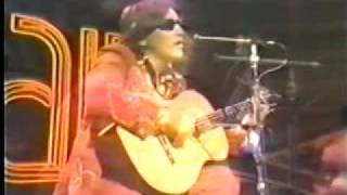 Golden Lady & California Dreamin' - Jose Feliciano 1975