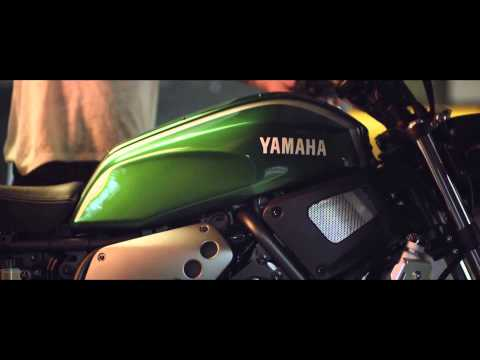 Preview video XSR 700