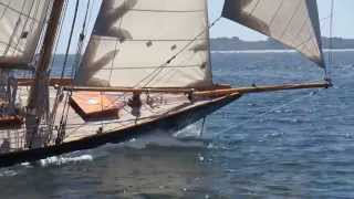preview picture of video 'Lorient - Régate hommage a Eric Tabarly - Lorient TV'