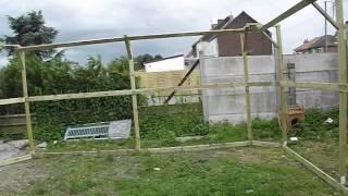 preview picture of video 'Avancement de la création de l'enclos pour chats'