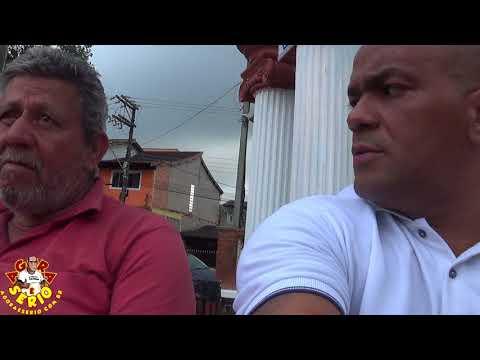 Repórter Favela na Praça 10 de Agosto em São lourenço da Serra no Bate Papo com o Ex Vereador Roberto Sorveteiro