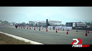 Drag Race CBR vs Hayabusa: PowerDrift