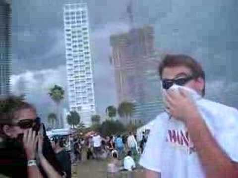 Vans Warped Tour Miami 2007  before the storm