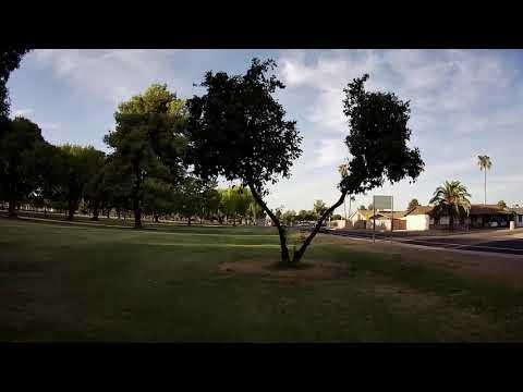 Geprc Cinepro 4k - FPV Cactus Park Through/Around Tree\'s