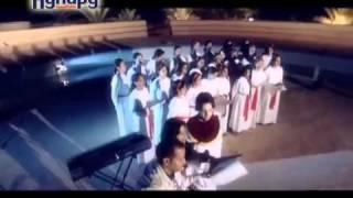 preview picture of video 'قصيدة قداسة البابا شنودة قم حطم الشيطان كورال كنيسة السيدة العذراء ببني إدريس'