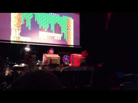 Oglądaj: Fragment występu Yerzmyey-a na RetroKomp/Load Error 2013